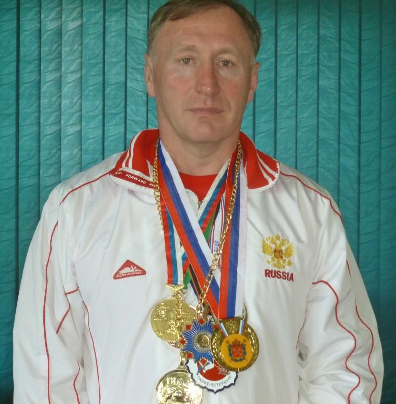 Двукратный чемпион мира пятикратный чемпион России по греко-римской борьбе